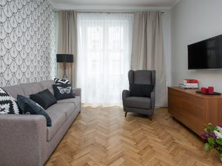 LUXE *NEW*5 bed *3 bath*CENTRAL*A/C, Cracovia