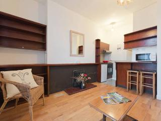 Stayplanet / 1.Great location flat,89 SCR, Dublin