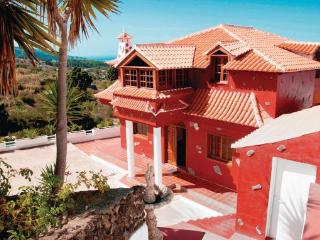 Villa in Icod De Los Vinos, The Canary Islands, Tenerife, Canary Islands, La Guancha