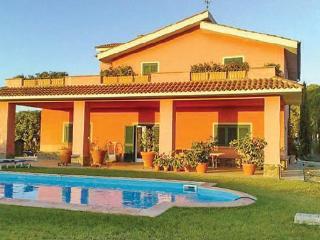 Villa in Tarquinia, Latium lazio, Latium Coast, Italy