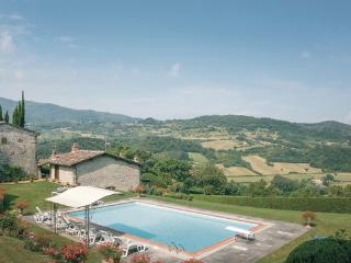 4 bedroom Villa in Dicomano, Tuscany, Florence, Italy : ref 2037594
