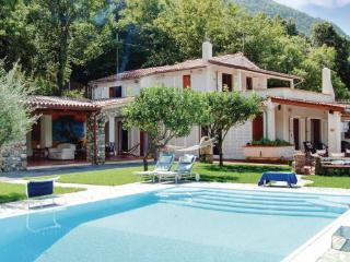 10 bedroom Villa in Maratea, Basilicata, Tyrrhenian Coast, Italy : ref 2038256