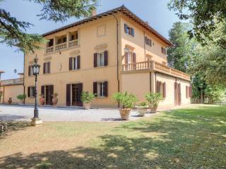 10 bedroom Villa in Foiano Della Chiana, Tuscany, Arezzo / Cortona And Surroundi, Italy : ref 2038666