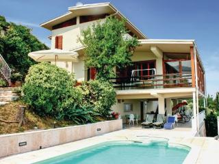 5 bedroom Villa in Pieve Tremosine, Northern Lakes, Lake Garda, Italy : ref 2038868, Arias