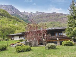 5 bedroom Villa in Castellavazzo, Veneto, Veneto Countryside, Italy : ref 2039147, Longarone
