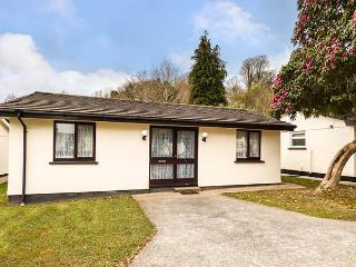 CHY LOWENNA, all ground floor, pet-friendly, patio, Liskeard, Ref 934931