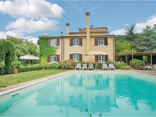 4 bedroom Villa in Sessa Aurunca, Campania, Baia Domizia, Italy : ref 2039830, San Martino