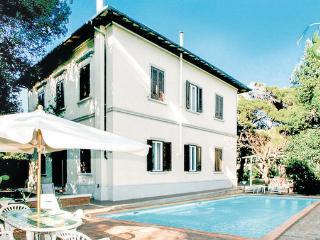 5 bedroom Villa in Quercianella, Tuscany Coast, Etruscan Coast, Italy : ref 2040129