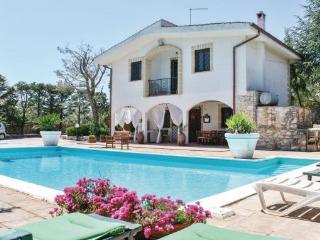 3 bedroom Villa in Martina Franca, Apulia, Italy : ref 2040535