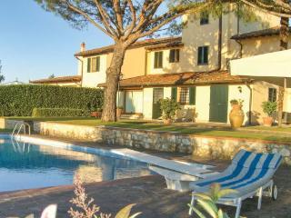 6 bedroom Villa in San Martino Alla Palma, Tuscany, Florence, Italy : ref 2040872, San Martino alla Palma
