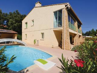 3 bedroom Villa in Castillon Du Gard, Languedoc roussillon, Gard, France : ref