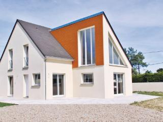 3 bedroom Villa in SaintGermain/Ay Plage, Normandy, Manche, France : ref 2041196