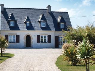 5 bedroom Villa in Kerlouan, Brittany - Northern, Finistere, France : ref