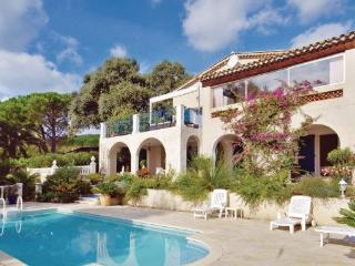 4 bedroom Villa in Les Issambres, Cote D Azur, Var, France : ref 2041288
