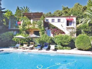 4 bedroom Villa in Saint Paul De Vence, Cote D Azur, Alps, France : ref 2041326, St-Paul-de-Vence