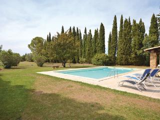 5 bedroom Villa in Camaret sur Aigues, Provence drOme ardEche, Vaucluse, France : ref 2041424, Travaillan