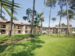 3 bedroom Villa in Ondres, Landes, France : ref 2041463