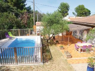 4 bedroom Villa in Comps, Languedoc roussillon, Gard, France : ref 2041474
