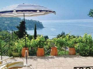 2 bedroom Villa in Rayol Canadel Sur Mer, Cote D Azur, Var, France : ref 2041593, Rayol-Canadel-sur-Mer
