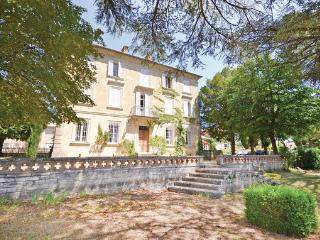 11 bedroom Villa in Sault, Provence drOme ardEche, Vaucluse, France : ref 2041689