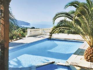 2 bedroom Villa in La Croix Valmer, Cote D Azur, Var, France : ref 2041714, La Croix-Valmer