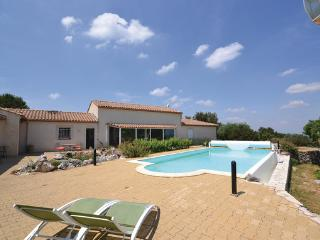 3 bedroom Villa in Poulx, Languedoc roussillon, Gard, France : ref 2041781