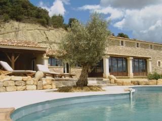 6 bedroom Villa in La Tuiliere, Provence drOme ardEche, Vaucluse, France : ref