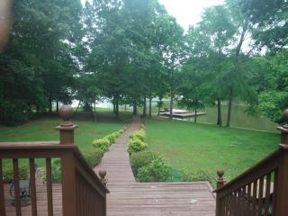 Lake Oconee lakefront rental, Eatonton