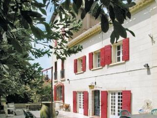 Villa in Aix en Provence, Provence drOme ardEche, Bouches-du-rhone, France, Paluds de Noves
