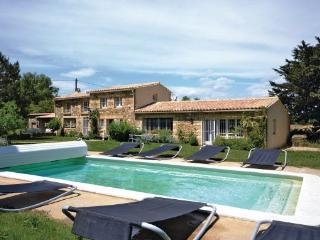 5 bedroom Villa in Saint Quentin La Poterie, Languedoc Roussillon, Gard, France