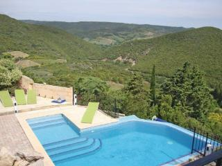 4 bedroom Villa in Montgaillard, Languedoc roussillon, Aude, France : ref 2042181, Rouffiac-des-Corbieres