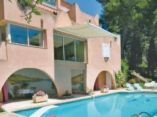 3 bedroom Apartment in Aix En Provence, Provence drOme ardEche, Bouches-du-rhone, France : ref 2042225, Les Milles
