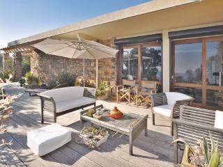 3 bedroom Villa in Saint Raphael, Cote D Azur, Var, France : ref 2042277, Boulouris
