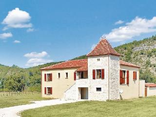 3 bedroom Villa in Luzech, Midi pyrEnEes, Lot, France : ref 2042557