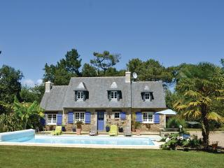 3 bedroom Villa in Fouesnant, Brittany - Northern, Finistere, France : ref, Clohars-Fouesnant