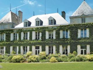 3 bedroom Villa in Capian, Aquitaine, Gironde, France : ref 2042619