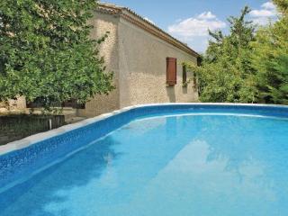 4 bedroom Villa in L Isle Sur La Sorgues, Provence drOme ardEche, Vaucluse