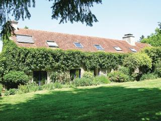 4 bedroom Villa in Hennebont, Brittany - Northern, Morbihan, France : ref 2042670