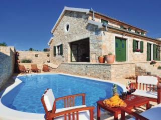 3 bedroom Villa in Zadar Lisicic, Northern Dalmatia, Zadar, Croatia : ref 2042780, Benkovac