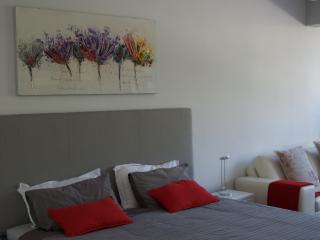 Trendy Apartment with Mountain View, Cape Town Central