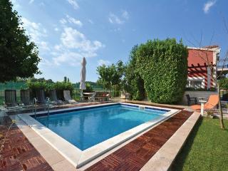 6 bedroom Villa in Split, Central Dalmatia, Croatia : ref 2043001, Trilj