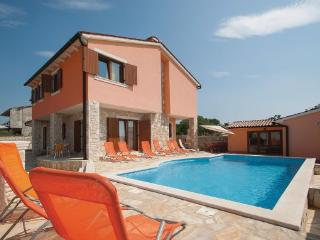 5 bedroom Villa in Barban, Istria, Croatia : ref 2043077