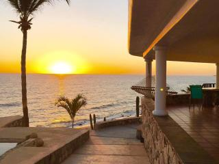 Casa Del Sol-a serene beachfront paradise, Los Barriles