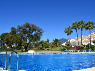 3 Bed Town House with swimmingpool near Banus&Golf