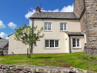 South Cottage - Near the Lake District, Fast WiFi, Pet-Friendly & Super Cute!