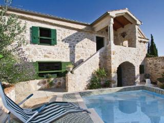 4 bedroom Villa in Pasman, Northern Dalmatia, Croatia : ref 2043396