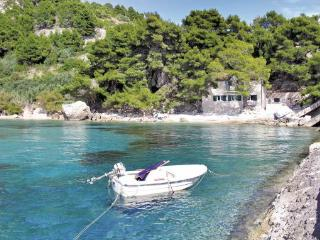 4 bedroom Villa in Hvar Zarace, Central Dalmatia, Hvar, Croatia : ref 2043914, Milna