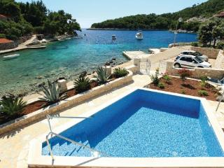 4 bedroom Villa in Korcula Grscica, South Dalmatia, Korcula, Croatia : ref 2044017, Prizba