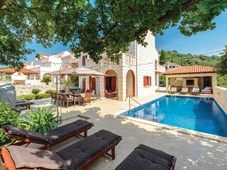 5 bedroom Villa in Dubrovnik Zaton Veliki, South Dalmatia, Dubrovnik, Croatia : ref 2044652