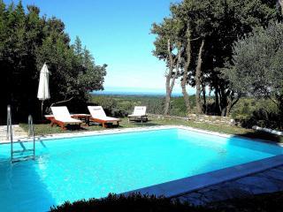 La Casa dei Farfui si trova a Kortivi -Istria., Momjan